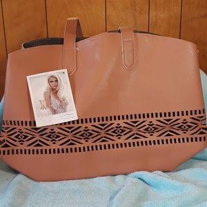 """NWT Jessica Simpson """"fragrance"""" shoulder bag"""